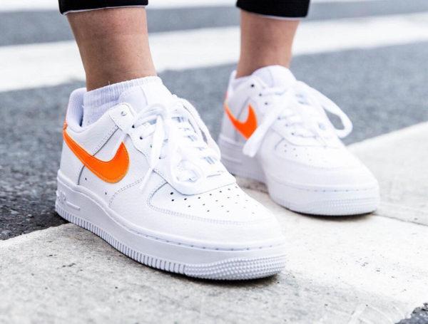 Force Nike Promotion À De Économiser One dédié Air Groupe Acheter drQoeWBCx