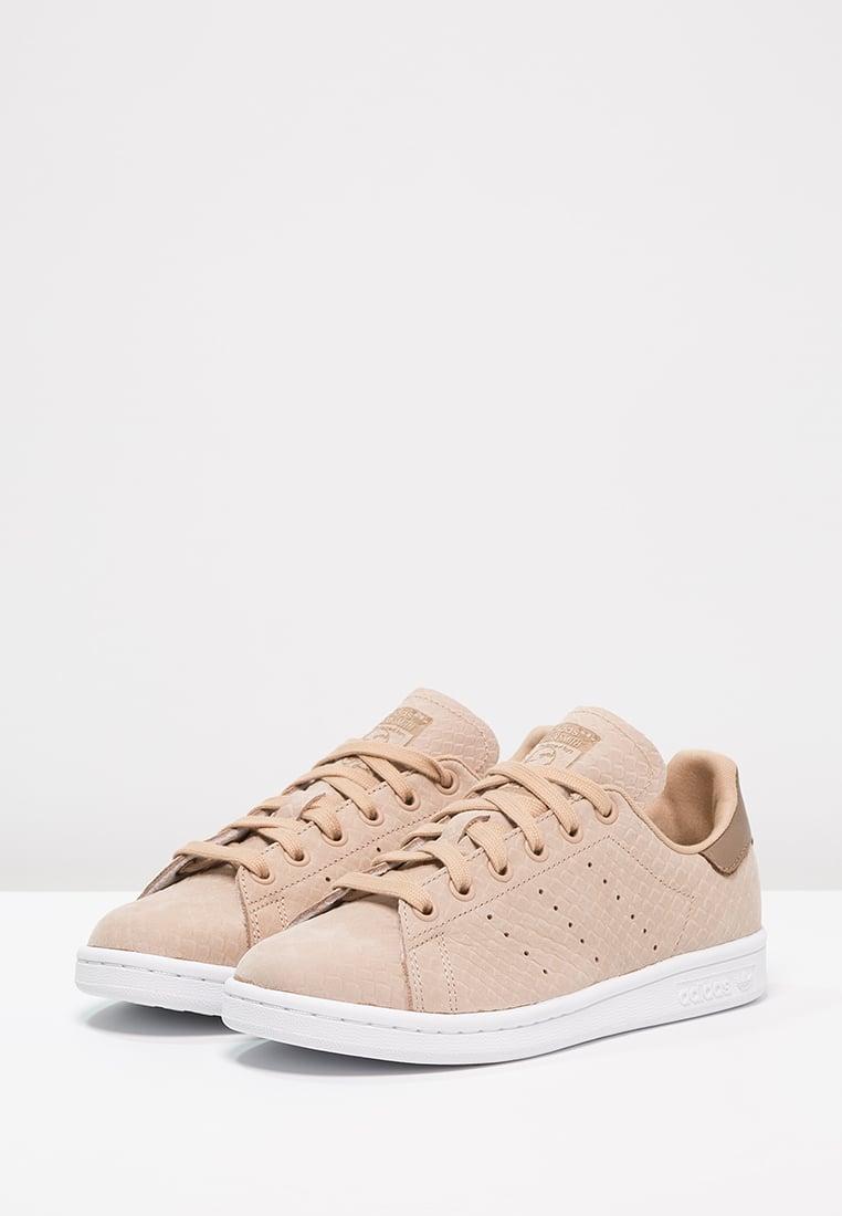 Économiser dédié À Stan Craft De Femme Promotion Groupe Smith Adidas gA0zFq