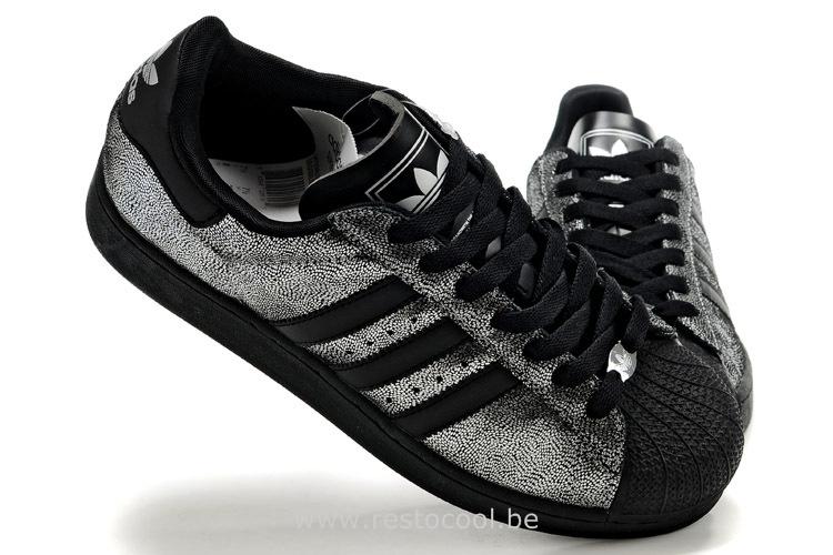 chaussures de sport 252b9 d4b72 Promotion de groupe adidas superstar noir et argent.Dédié à ...