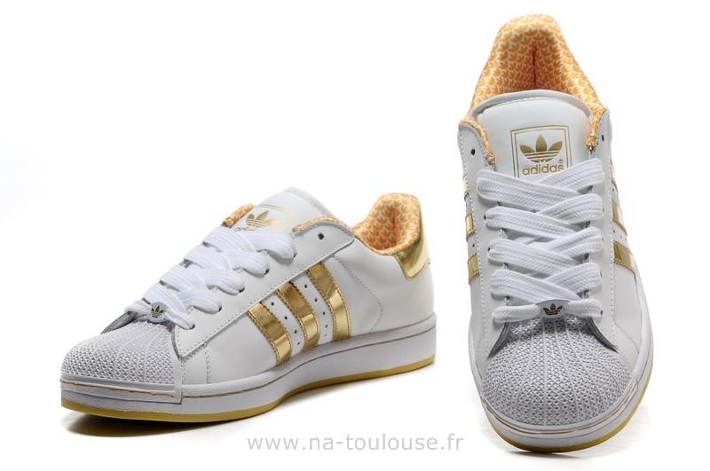 De À Pour Pas Basket Femme Groupe dédié Cher Adidas Promotion byYfg67