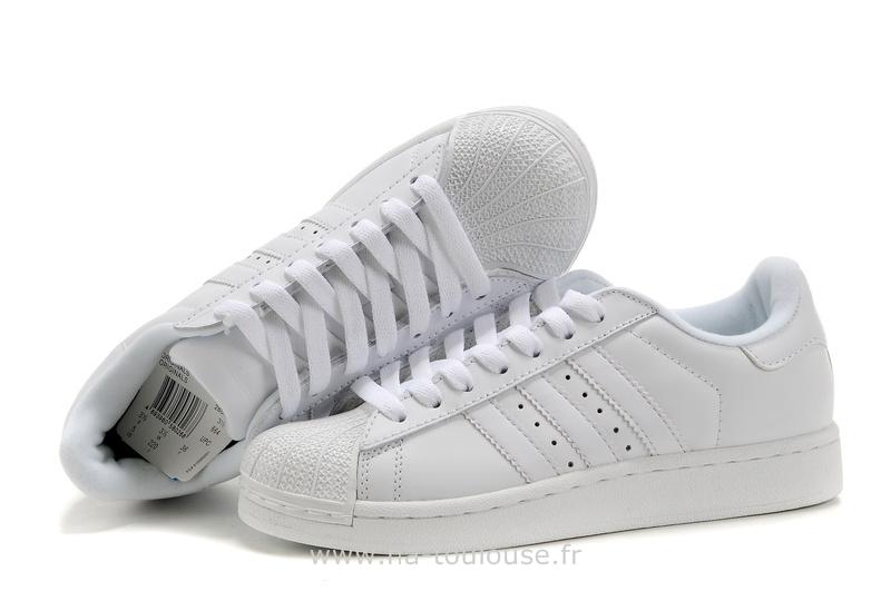 Promotion de groupe chaussure adidas pas cher pour femme
